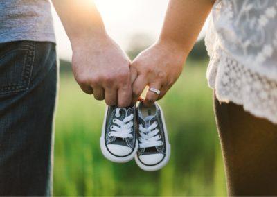 Approches psychothérapeutiques centrées sur le couple parental.